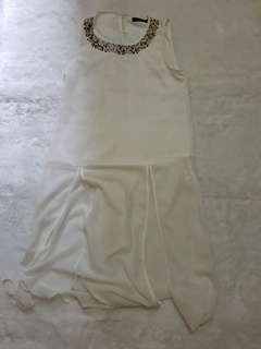 Simplicity white dress
