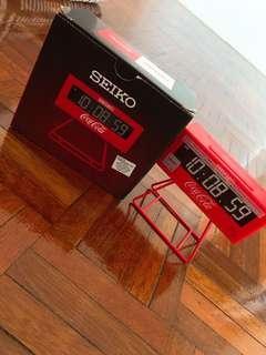 🚚 Seiko X Coca Cola digital clock