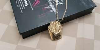 Fries necklace