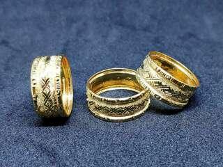 Cincin belah rotan lebar bujet emas 916