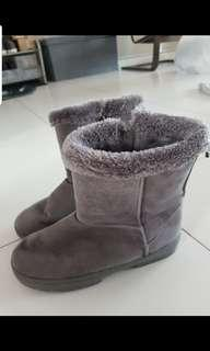 🚚 Winter Boots