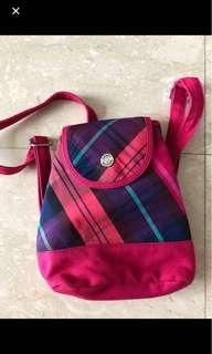 🚚 Authentic Tommy Hilfiger backpack