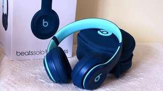 Beats Solo 3 Wireless in Pop Blue