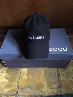 """Zara hat """"no silence"""""""