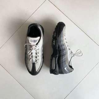 🚚 WTS Nike Air Max 95 Black Grey White