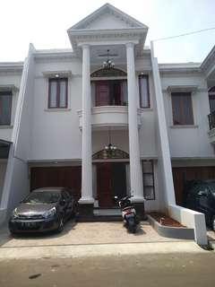 Rumah MEWAH paling MURAH dengan PRIVATE POOL