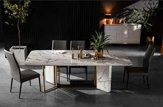 碳素鋼支架,採用1cm厚實心這邊鋼板,無縫焊接,結構穩固。適合工業風桌面,輕奢風大理石桌,簡約餐桌,