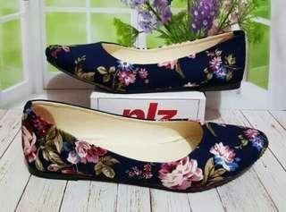 Pollenzo Sepatu Wanita Flat Shoes Motif Bunga