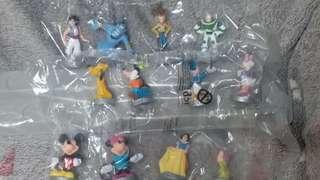 迪士尼經典造型12個,送原裝陳列架
