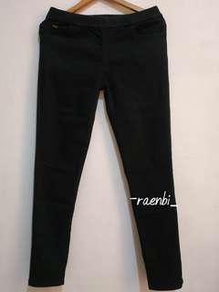 Celana Jeans Hitam Stretch