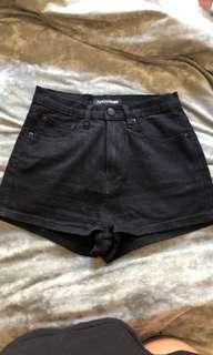 Ziggy black shorts