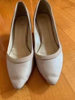 Light pink high heel