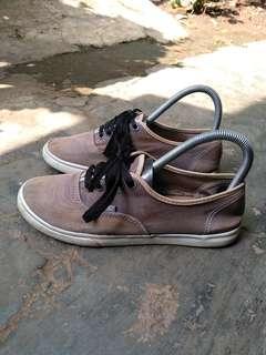 Sepatu vans authentic low pro original size 38