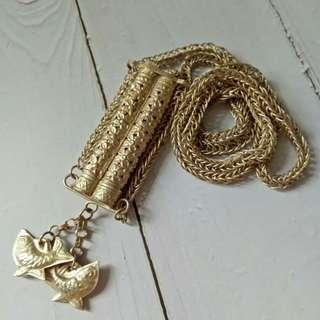🚚 Vintage Silver Chain Container