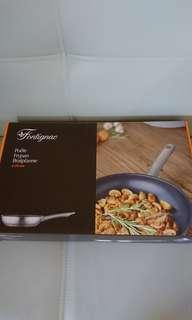 全新 吉之島換購 Aeon Fontignac Teflon Frypan 24cm 煎鍋