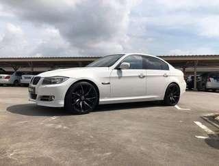 Gojek Grab Ryde PersonalUsage Car Rental lease rent BMW 318i White Sunroof 3