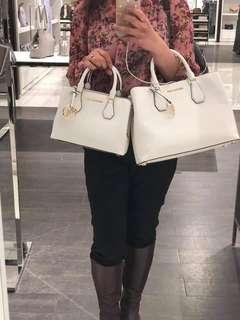 Michael kors orig handbags mall price 25k my price 11.5k