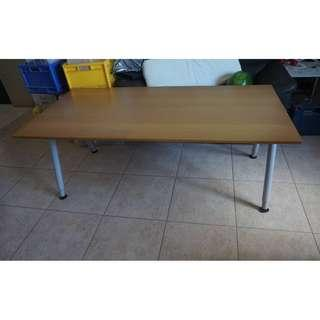 9.5/10 gd condition Ikea long height adjustable table