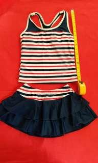 女中童泳衣swimwear