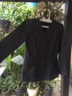 semi jas hitam