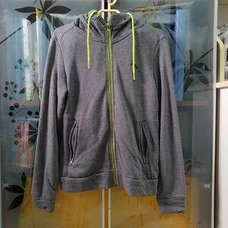 🚚 Grey Jacket
