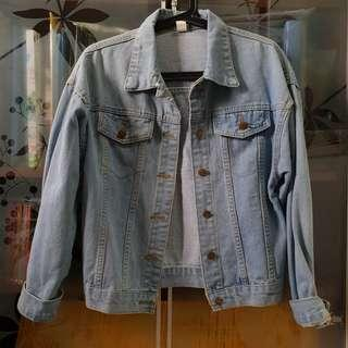🚚 Light Blue Denim Jacket