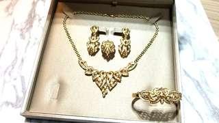 18K Gold Diamond Jewellery 4 pcs in a Set 18K金鑽石4件套裝