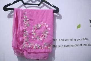 jilbab segi empat pink