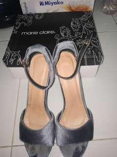 MARIE CLAIRE Suede Heels Grey/ Blue