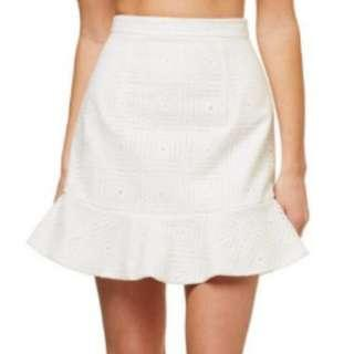 KOOKAI White Lace Skirt Sz 36