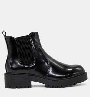 London Rag Chunky Patent Boots in Black