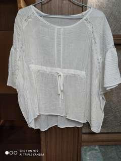 🚚 白蝴蝶袖上衣