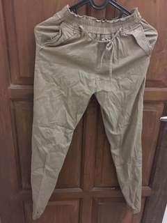 Celana Jogger Pants Cokelat Mocca