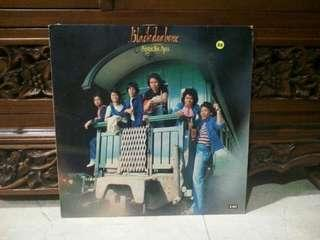 Lp...Vinyl...Black Dog Bone - Gadis Ayu