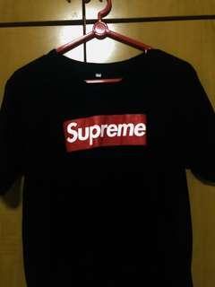 🚚 Supreme Tshirt