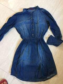 Dresses for  200 each