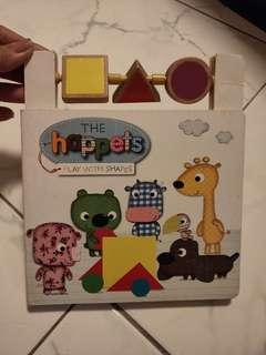 🚚 The happets play with shapes book