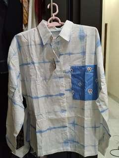 Padupandan Kemeja Suibori Oversized White Baby Blue