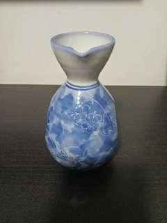 🚚 Japanese Sake Bottle
