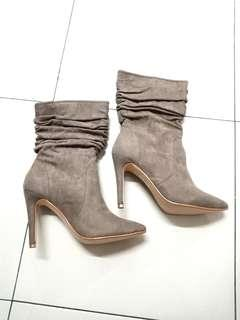 ZALORA Suede Boots - Size 38