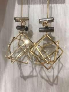 🚚 時尚方塊金屬耳環