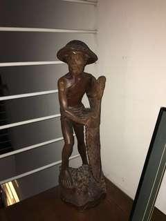 🚚 Wooden Fisherman statue