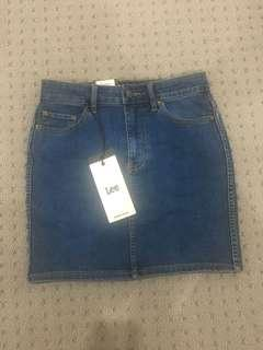 Lee sonic denim skirt size 8