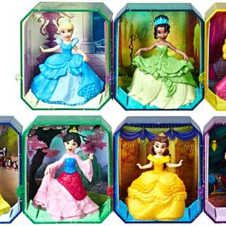 Disney Princess Snow White & The 7 Dwarfs Dolls Play Set Less Expensive Dolls, Clothing & Accessories