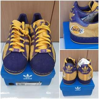 2006 Adidas NBA Superstars Series LA Lakers Collectable Never won