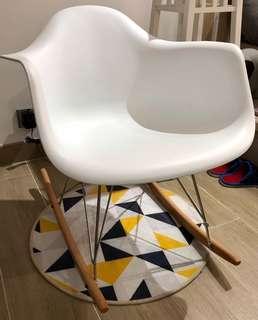 白色搖搖椅 餐椅 designer chair