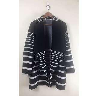 Knee Length Slouch Coat / Blazer / Jacket with pockets!