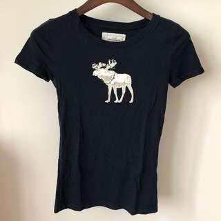 🚚 美國A&F Abercrombie&Fitch聖誕限定款麋鹿圖案短袖T-shirt/tee/T恤/顯瘦修身