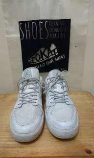 Sepatu air jordan white