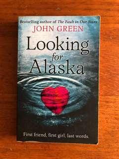🚚 Looking for Alaska by John Green